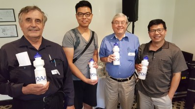POAAL Victorian Branch Chairman Des Burns with some local Licensees at the POAAL meeting in Melbourne